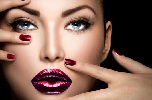 Тренд лета: макияж губ – татуаж губ